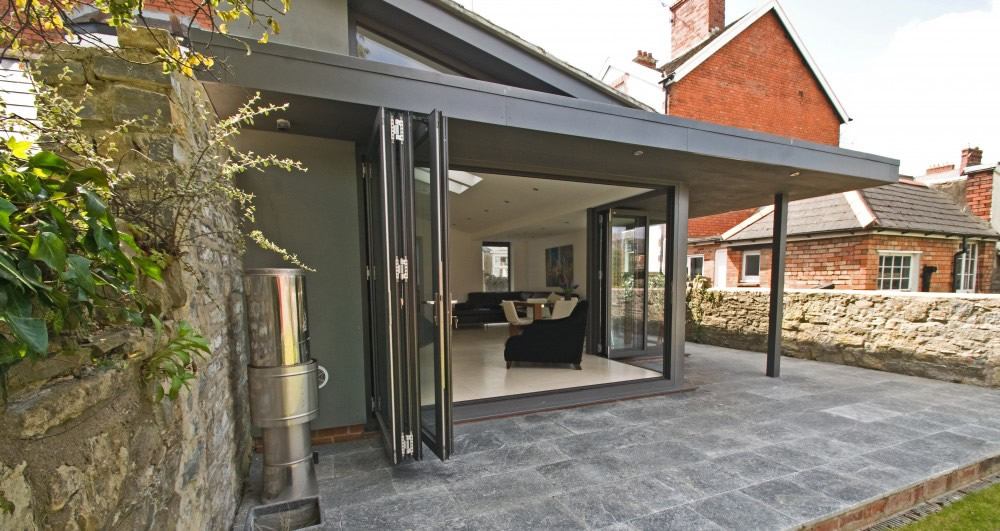 Garden rooms home extensions solihull birmingham for Modern garden room extensions